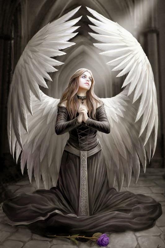 ange gothique prie